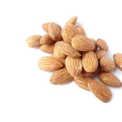 almonds-1567358